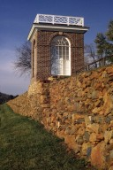 Monticello, Vegetable Garden, pavilion and wall