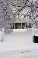 Monticello, East Front, snow