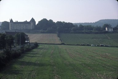 Chateau and Champs, Chagny