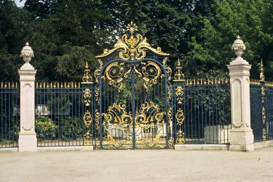 Bagatelle Gates, Paris