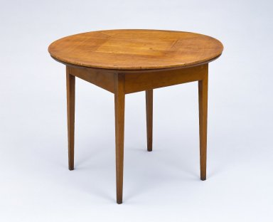 Circular revolving table