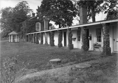 Monticello, South terrace and pavilion, dependencies ca. 1926