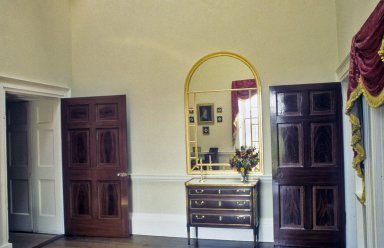 Monticello, Jefferson's Bedroom, restoration, mirror in place