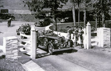 Monticello, Franklin D. Roosevelt motorcade entering grounds