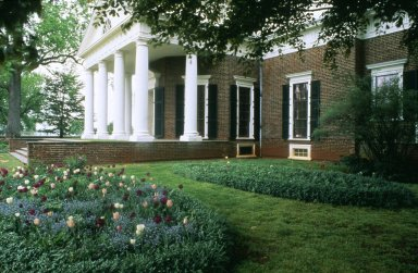 Monticello, oval bed, Bulbs, West Lawn