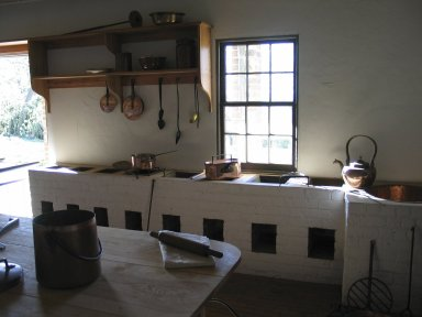 Monticello, Kitchen, Stew stove, post 2008 restoration