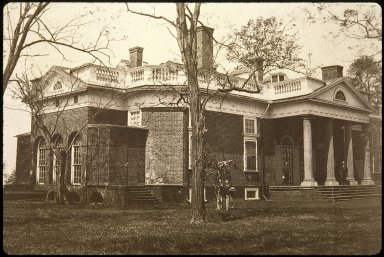 Monticello, South Piazza and East Front