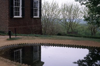 Monticello, South pavilion and fish pond