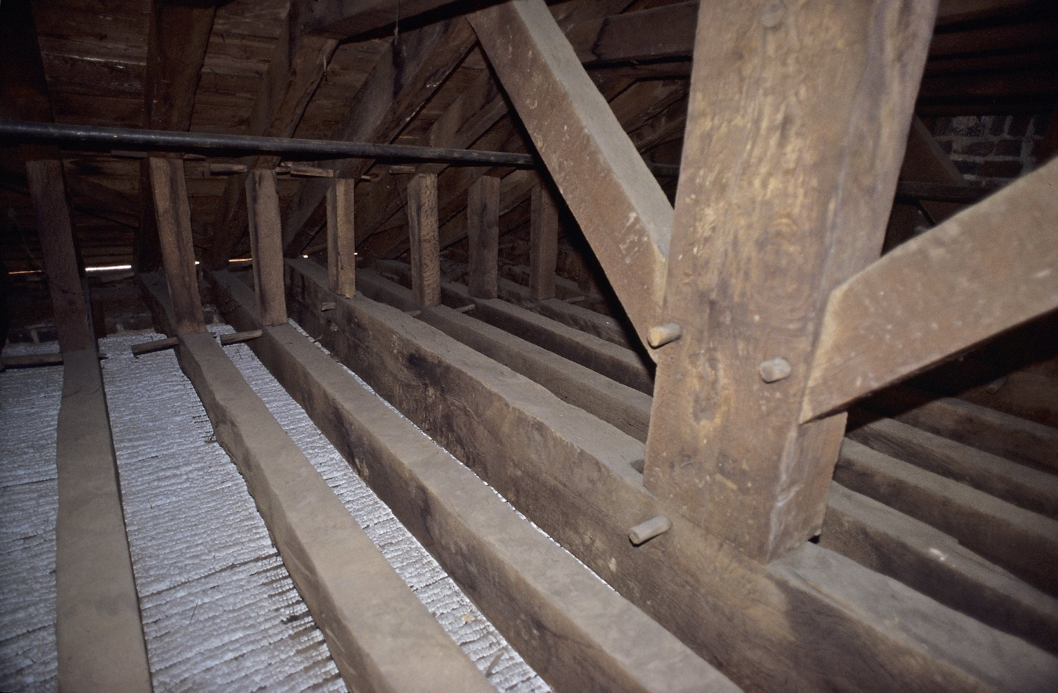 Monticello, South pavilion, roof restoration, attic framing