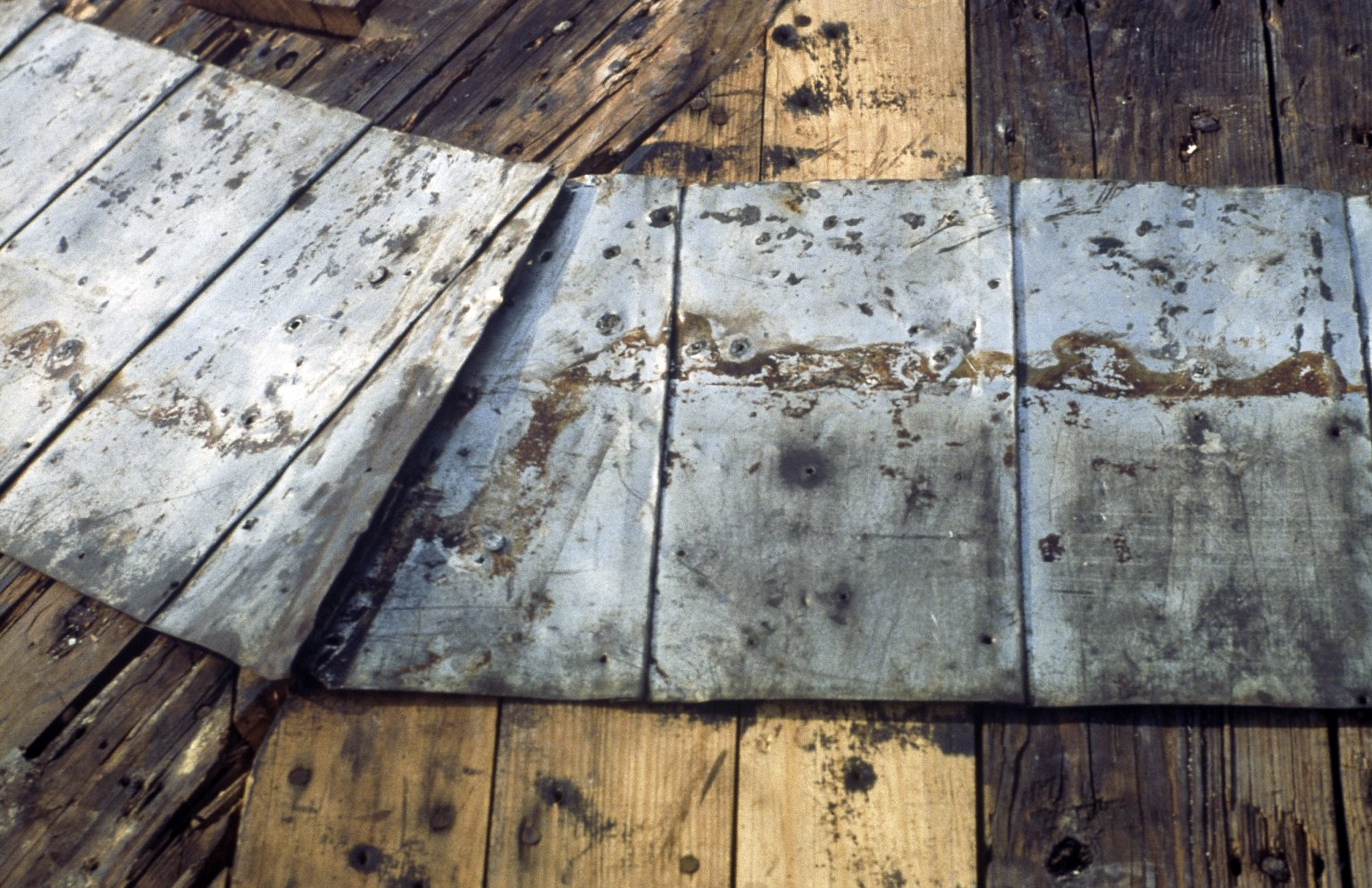 Monticello, top row of original shingles relocated on sheating, northeast and east segments, detail