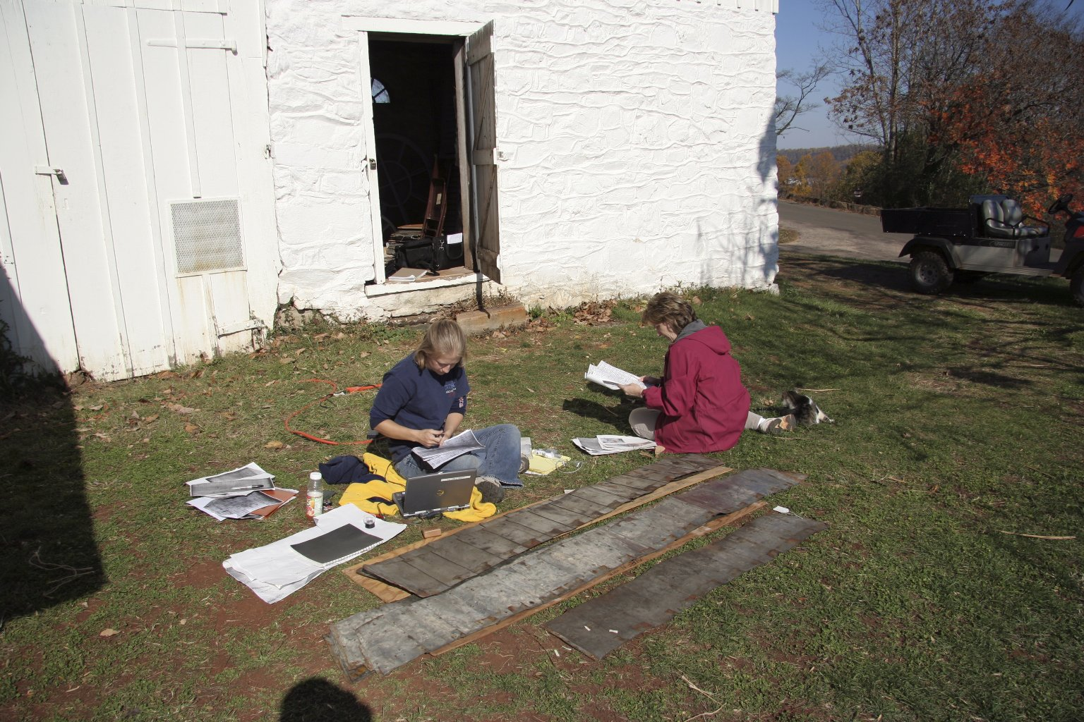 Monticello, cataloguing architectural fragments collection
